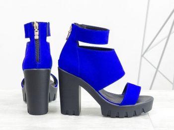 908987b4035 Дамски сандали - Афеландрия - наситен електриково син велур, цип